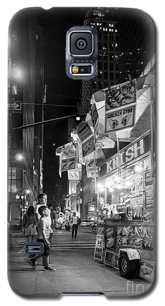 Galaxy S5 Case featuring the photograph Knish, New York City  -17831-17832-bw by John Bald