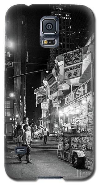Knish, New York City  -17831-17832-bw Galaxy S5 Case