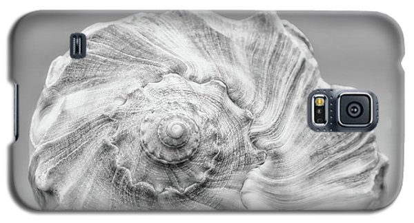 Galaxy S5 Case featuring the photograph Knobbed Whelk by Benanne Stiens