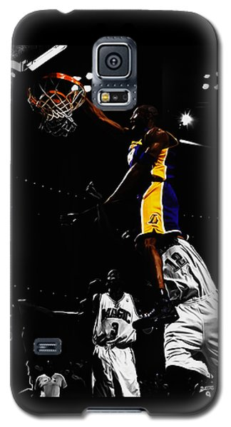 Kobe Bryant On Top Of Dwight Howard Galaxy S5 Case