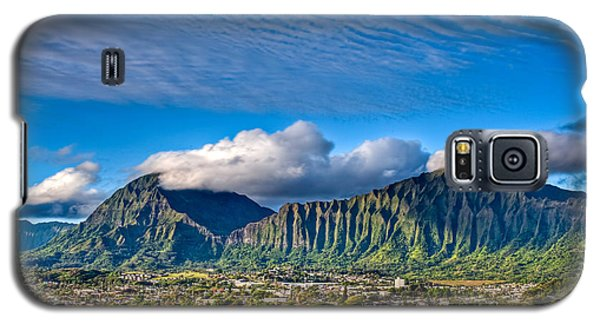 Galaxy S5 Case featuring the photograph Koolau And Pali Lookout From Kanohe by Dan McManus