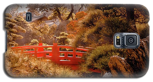 Galaxy S5 Case featuring the photograph Kowloon - Red Bridge by Mark Forte