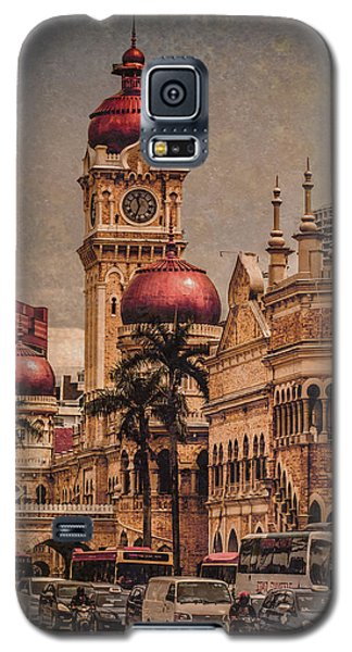 Galaxy S5 Case featuring the photograph Kuala Lumpur, Malaysia - Red Onion Domes by Mark Forte