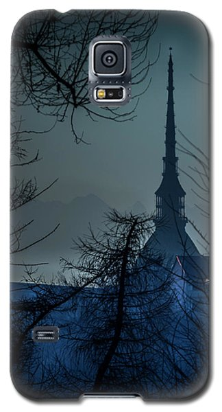 Galaxy S5 Case featuring the photograph La Mole Antonelliana-blu by Sonny Marcyan