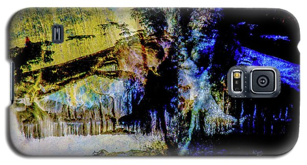Lady At The Beach Through The Frozen Falls Galaxy S5 Case