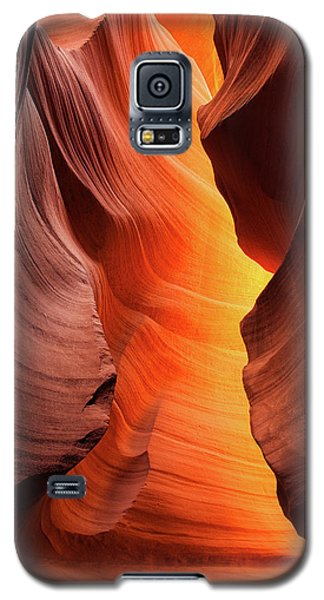 Galaxy S5 Case featuring the photograph Lady Of The Flame by Darren White