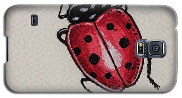 Ladybug Crawling  Galaxy S5 Case by Elizabeth Robinette Tyndall