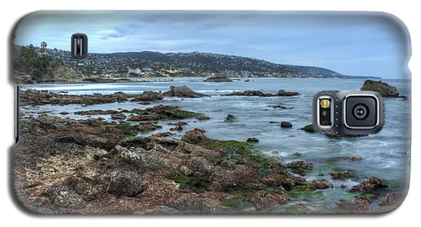 Galaxy S5 Case featuring the photograph Laguna Beach Shoreline At Low Tide by Eddie Yerkish