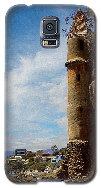 Galaxy S5 Case featuring the photograph Laguna Beach Tower by Glenn McCarthy Art and Photography