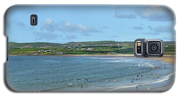 Galaxy S5 Case featuring the photograph Lahinch Beach by Terence Davis