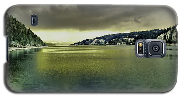 Galaxy S5 Case featuring the photograph Lake Coeur D' Alene by Jeff Swan