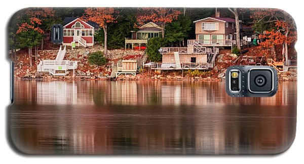 Lake Cottages Reflections Galaxy S5 Case