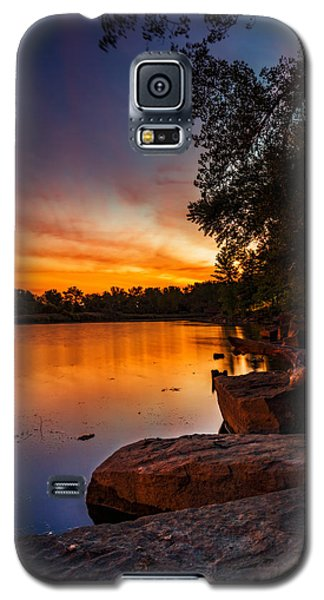 Lake Kirsty Twilight - Vertical Galaxy S5 Case by Chris Bordeleau