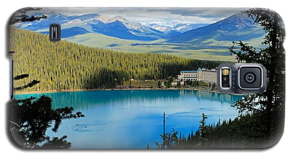 Lake Louise Chalet Galaxy S5 Case