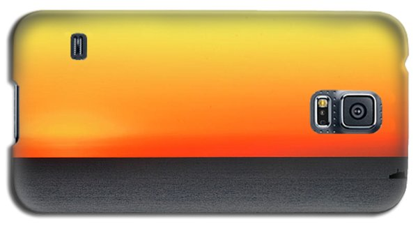 Galaxy S5 Case featuring the photograph Lake Michigan Sunrise by Zawhaus Photography