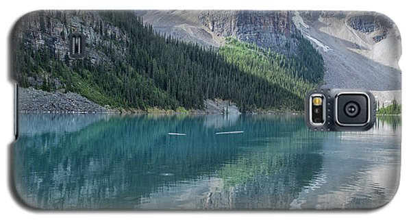 Galaxy S5 Case featuring the photograph Lake Moraine by Patricia Hofmeester