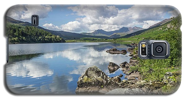 Galaxy S5 Case featuring the photograph Lake Mymbyr And Snowdon by Ian Mitchell