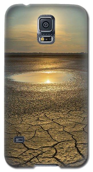 Lake On Fire Galaxy S5 Case