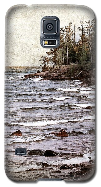 Galaxy S5 Case featuring the photograph Lake Superior Waves by Phil Perkins