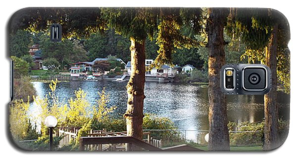 Galaxy S5 Case featuring the photograph  Beverly Lake View In Fall by Judyann Matthews