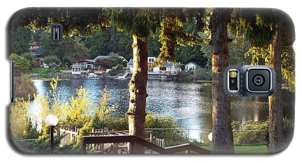 Beverly Lake View In Fall Galaxy S5 Case