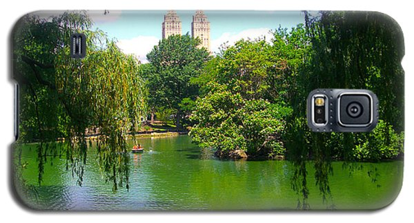 Lakeside In Manhattan, New York Galaxy S5 Case