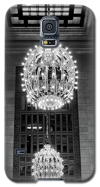 Galaxy S5 Case featuring the photograph Lamps In Grand Central Station by Lora Lee Chapman