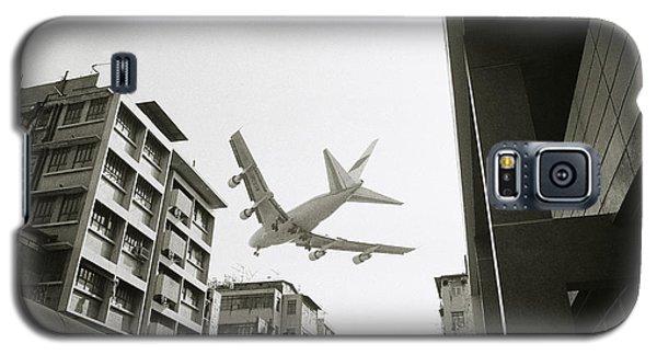 Landing In Hong Kong Galaxy S5 Case