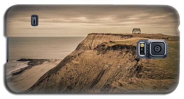 Galaxy S5 Case featuring the photograph Land's End by Odd Jeppesen