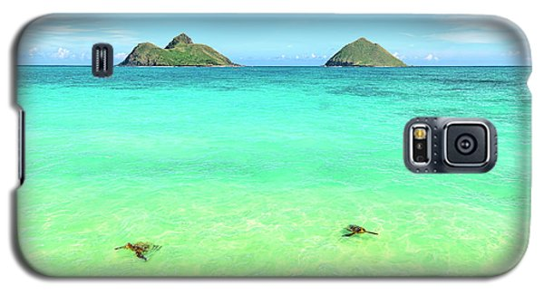 Lanikai Beach Two Sea Turtles And Two Mokes Galaxy S5 Case