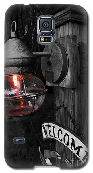 Galaxy S5 Case featuring the photograph Lantern by Brian Jones