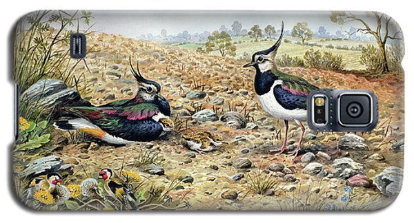 Lapwing Family With Goldfinches Galaxy S5 Case