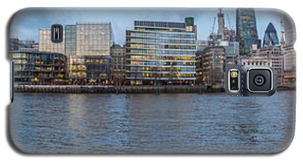 Large Panorama Of Downtown London Betwen The London Bridge And T Galaxy S5 Case