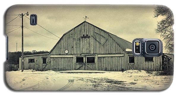 Larsen Road Barn Galaxy S5 Case by Joel Witmeyer