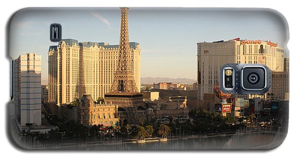 Galaxy S5 Case featuring the photograph Las Vegas Skyline by Wilko Van de Kamp