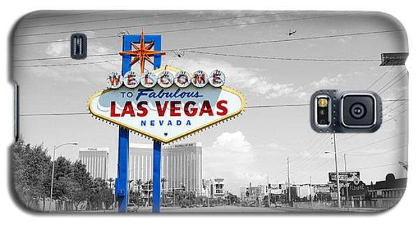 Las Vegas Welcome Sign Color Splash Black And White Galaxy S5 Case by Shawn O'Brien