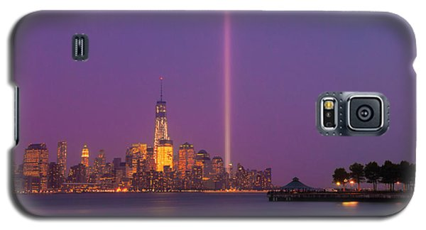 Galaxy S5 Case featuring the photograph Laser Twin Towers In New York City by Ranjay Mitra