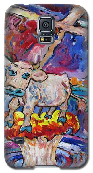 Galaxy S5 Case featuring the painting Last Cow Standing by Dianne  Connolly