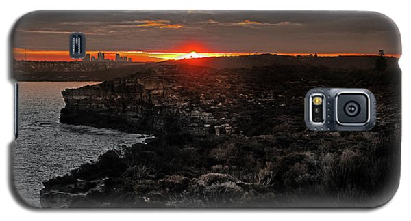 Galaxy S5 Case featuring the photograph Last Light Over North Head Sydney by Miroslava Jurcik