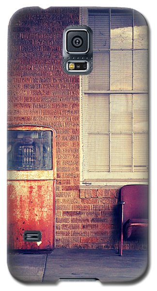 Galaxy S5 Case featuring the photograph Last Pump Standing by Trish Mistric