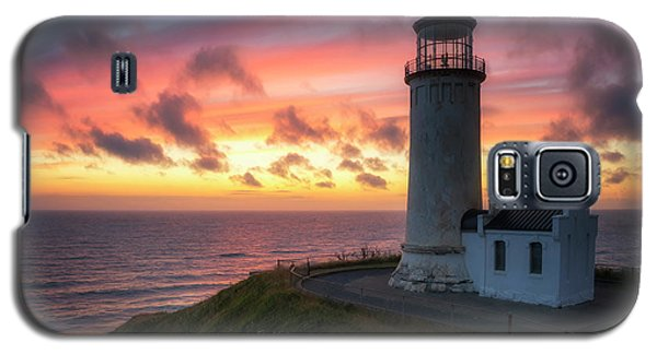 Galaxy S5 Case featuring the photograph Lasting Light by Ryan Manuel