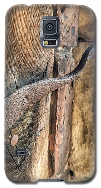 Galaxy S5 Case featuring the photograph Latched by Isabella F Abbie Shores FRSA