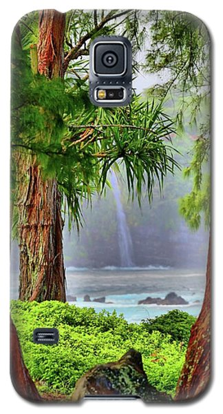 Galaxy S5 Case featuring the photograph Laupahoehoe Hawaii by DJ Florek