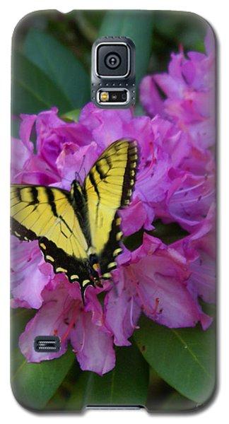 Laurel Bloom Butterfly Vertical Galaxy S5 Case by Annlynn Ward