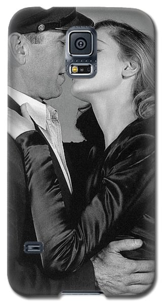 Lauren Bacall Humphrey Bogart To Have And Have Not 1944 Galaxy S5 Case