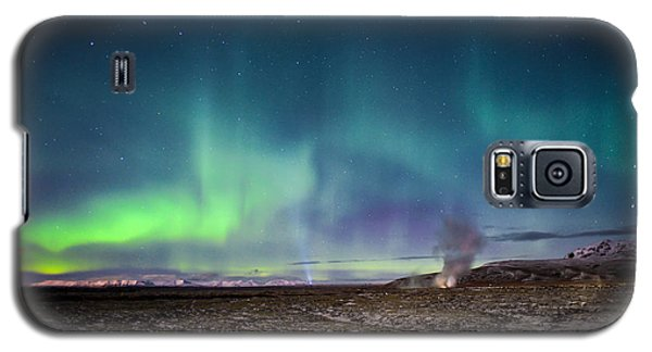 Lava And Light - Aurora Over Iceland Galaxy S5 Case