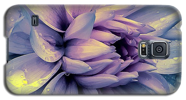 Galaxy S5 Case featuring the photograph Lavender And Pink Dahlia And Water Drops by Julie Palencia