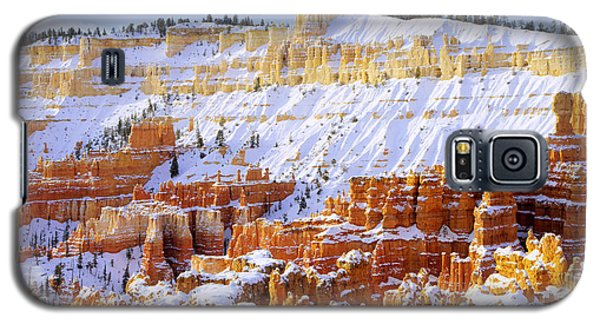 Galaxy S5 Case featuring the photograph Layers by Chad Dutson