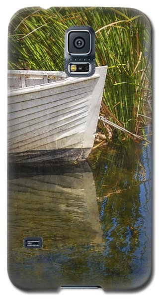 Galaxy S5 Case featuring the photograph Lazy Days by Amy Weiss