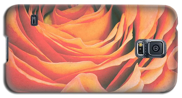 Le Petale De Rose Galaxy S5 Case by Angela Doelling AD DESIGN Photo and PhotoArt